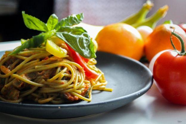 La pasta es uno de los alimentos más populares del mundo, que no deben faltar en una dieta sana