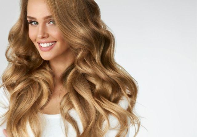 La keratina se encuentra de forma natural en nuestro cabello