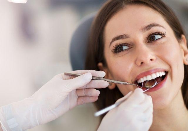 Acudir al dentista es primordial en la higiene bucal