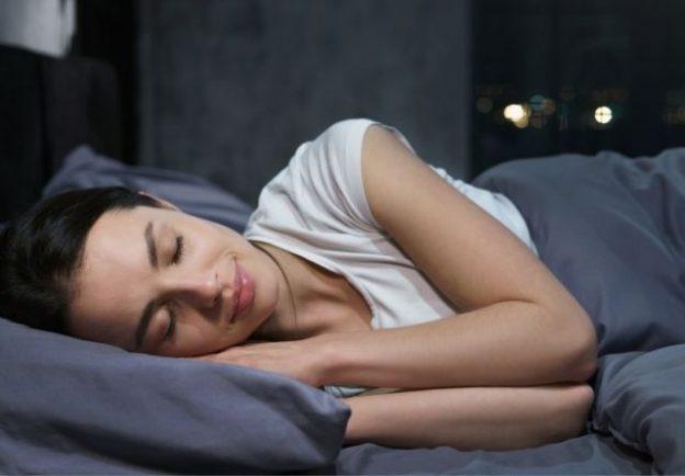 La melatonina ayuda a conciliar el sueño