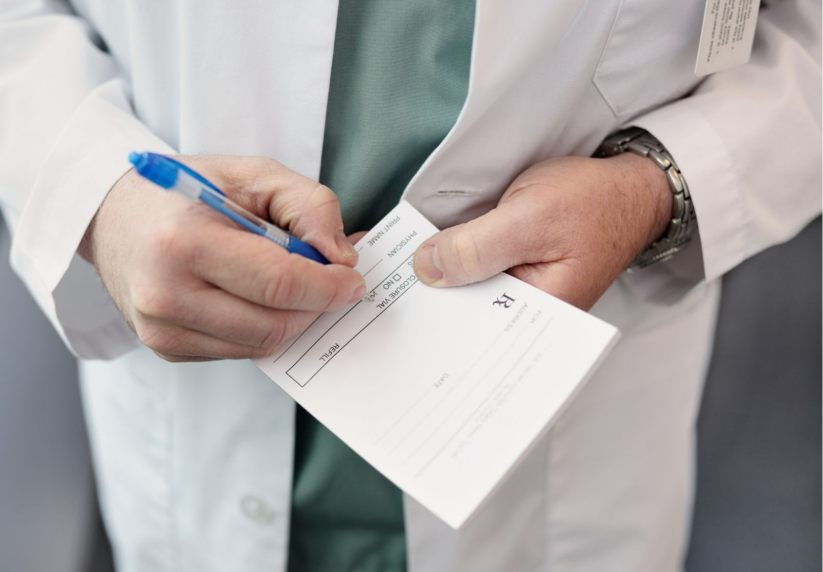 Hay que seguir siempre las recomendaciones del médico o el veterinario a la hora de tomar antibióticos